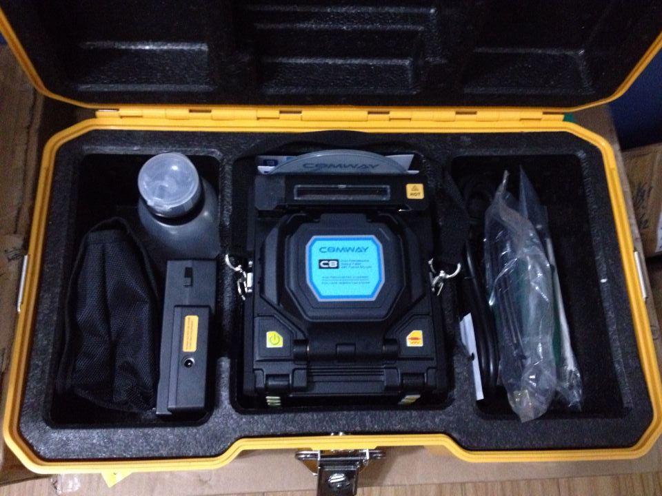 C8 Comway fusion splicer